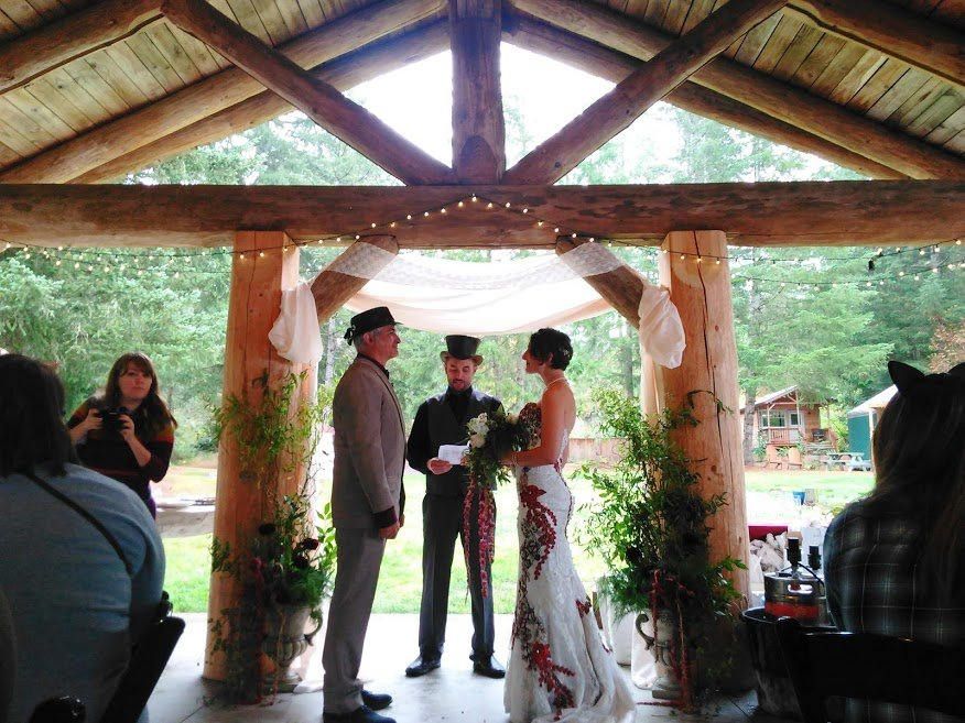 Mad Hatter wedding at Vernonia Springs