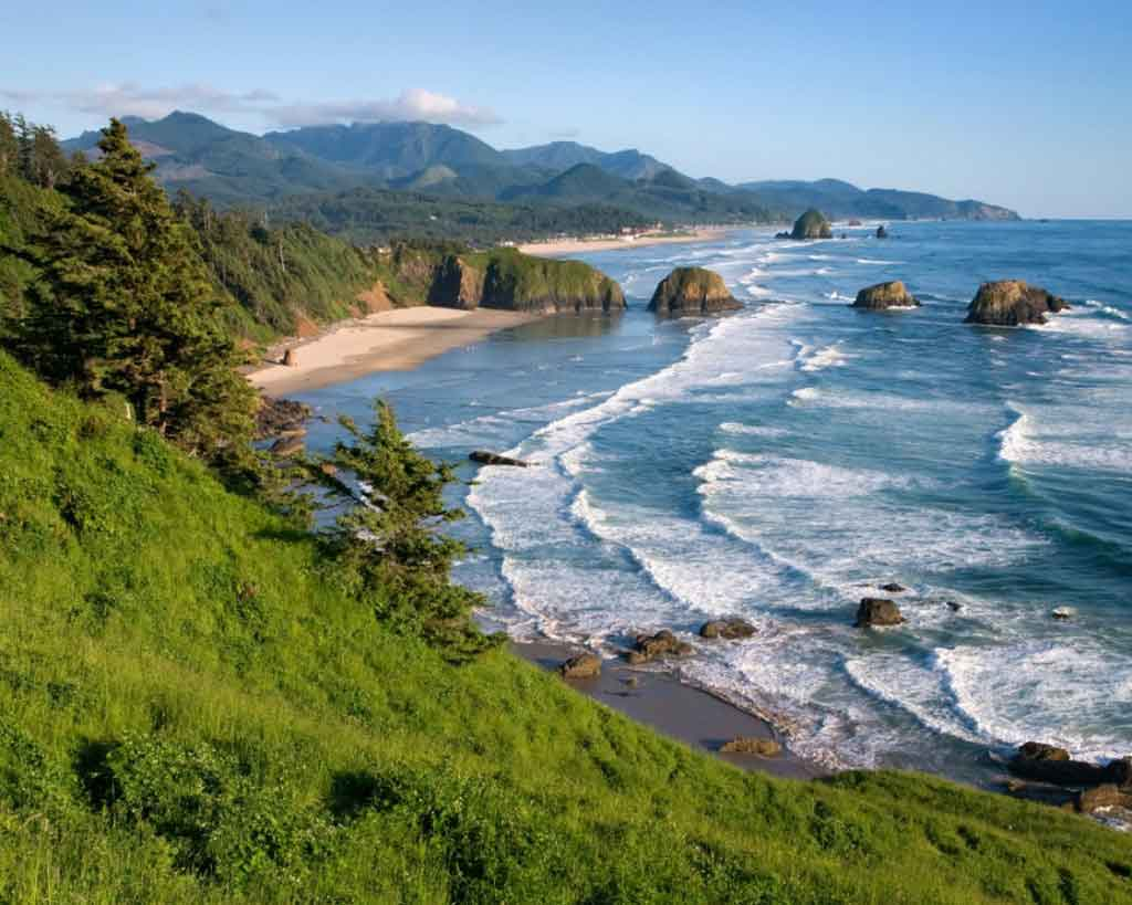 Cannon beach one hour drive from Vernonia Springs